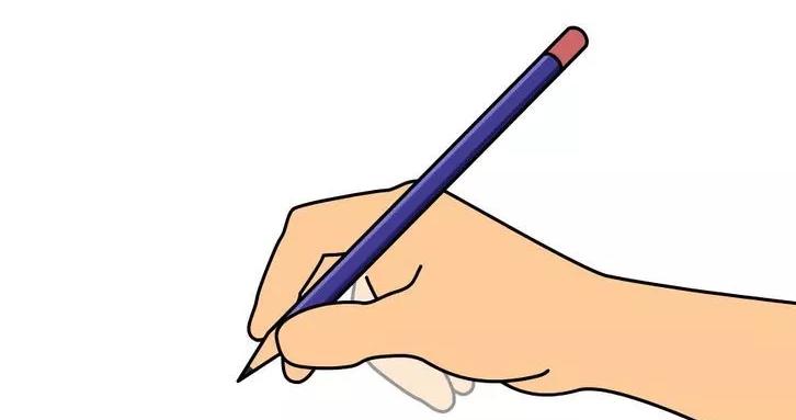 Cầm bút đúng là một trong quy tắc đầu tiên dạy trẻ lớp 1 viết chữ đẹp
